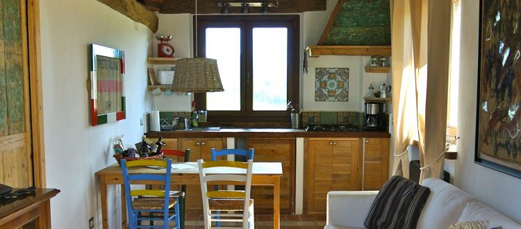 The Olive Tree apt. kitchen